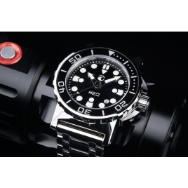 H2O ORCA DIVE POLISHED WITH BLACK SUNBURST SANDWICH DIAL